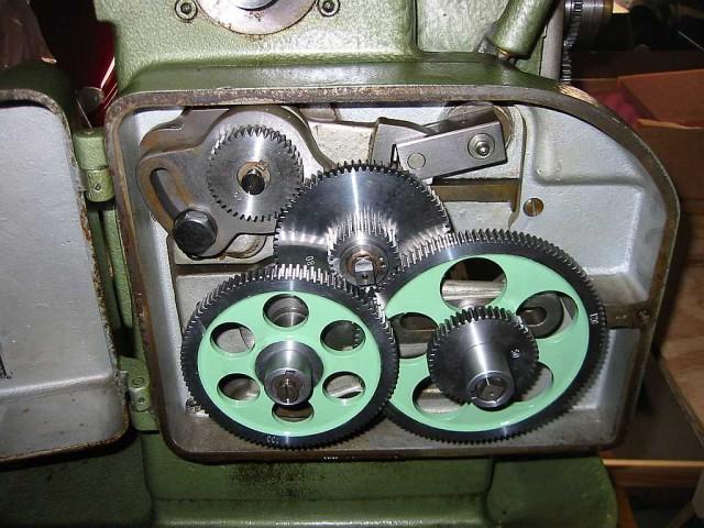 výměnná kola v soustruhu  120VM